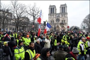The Yellow Vest outside Notre Dame